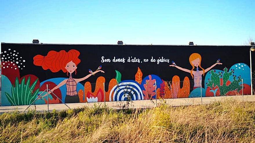 Almoines també té el seu mural per la igualtat