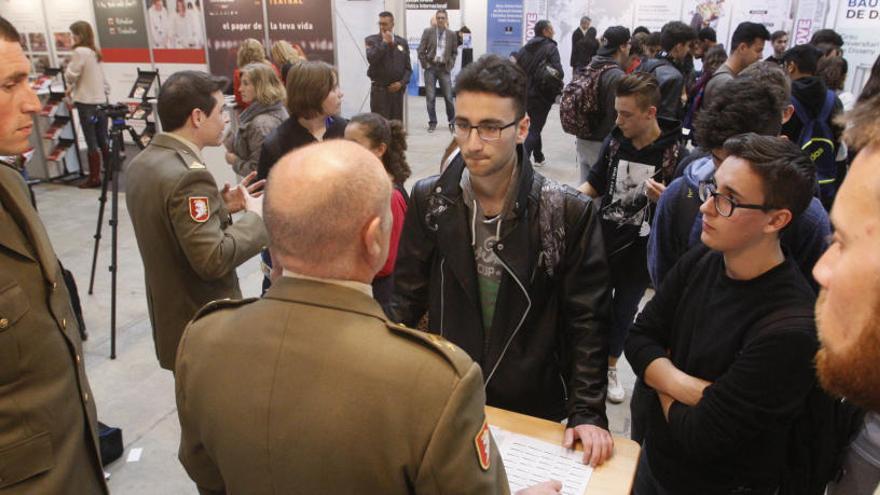 Admès a tràmit el recurs per impedir la presència de l'exèrcit a l'Expojove de Girona