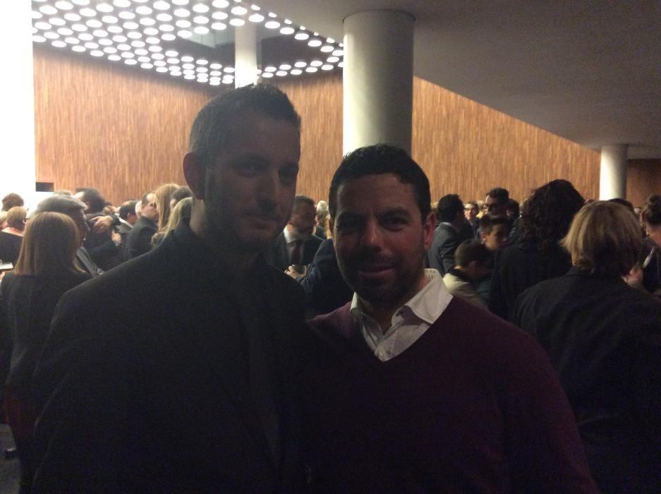 Víctor Pérez y Pablo Martínez, del departamento comercial de INFORMACIÓN