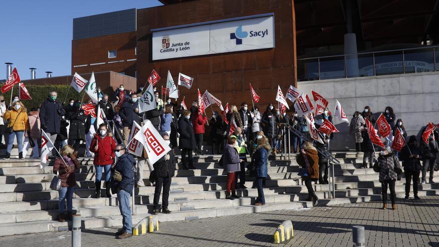Las limpiadoras del complejo asistencial de Zamora piden mejoras salariales y amenazan con huelga