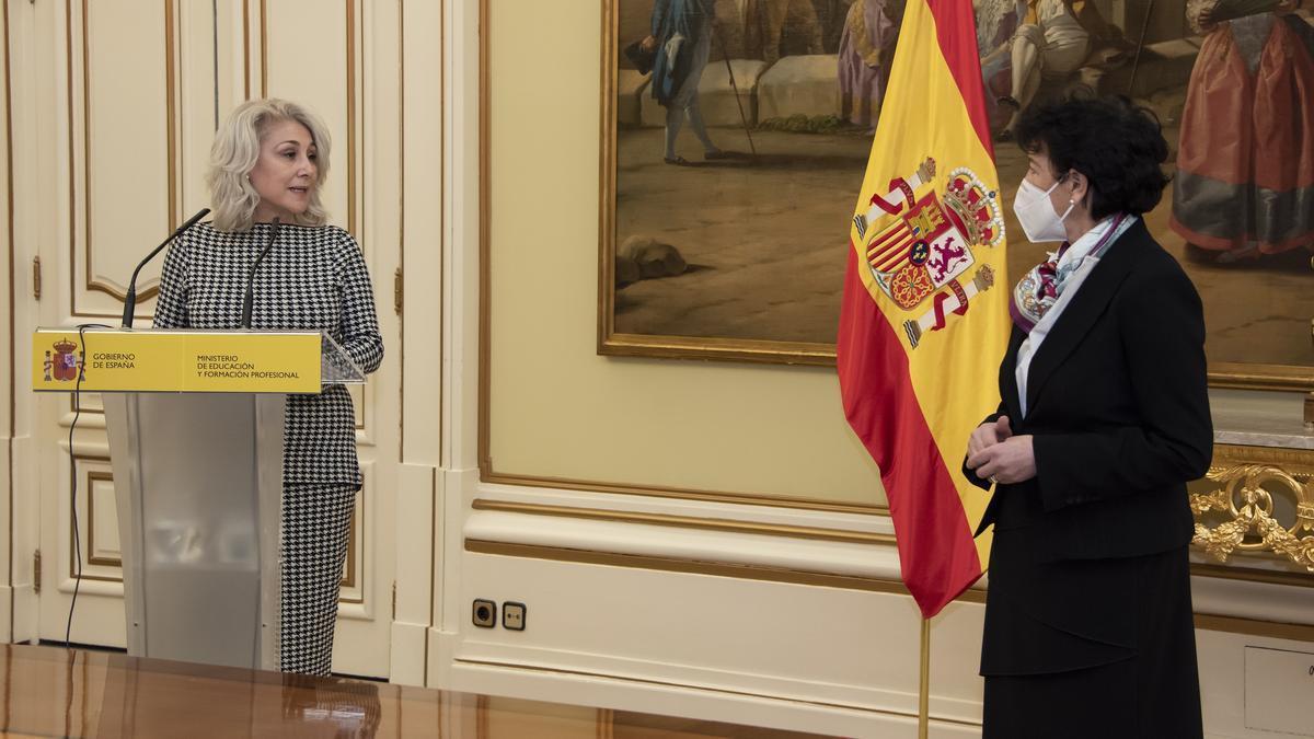 Encarna Cuenca a Isabel Celáa