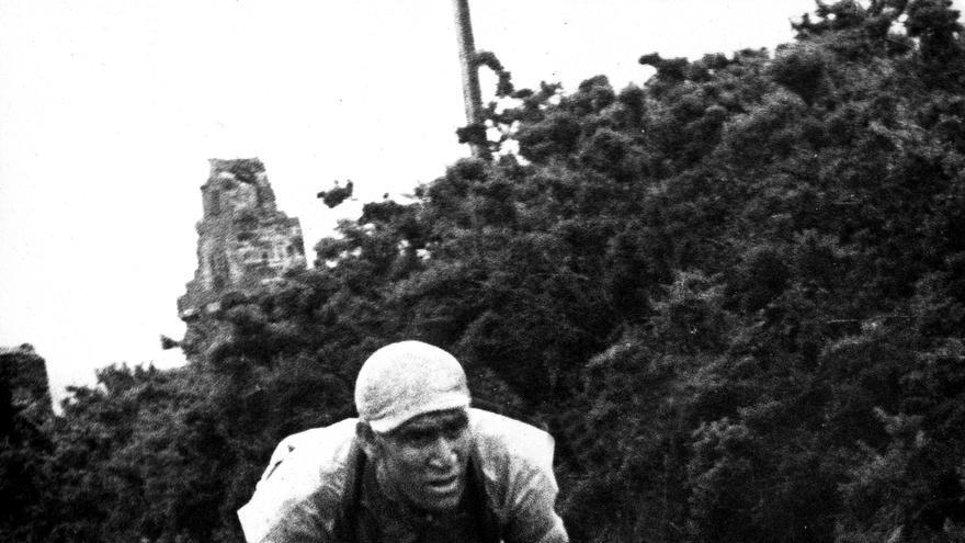 Así se creó la figura de El Tarangu, leyenda del ciclismo asturiano