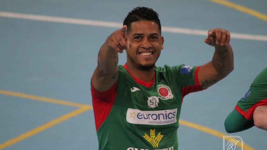 Carlos Pérez, goleador del InterSala, convocado con la selección de Panamá