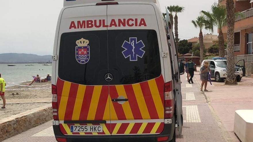 Muere ahogada una mujer en una playa de Los Alcázares