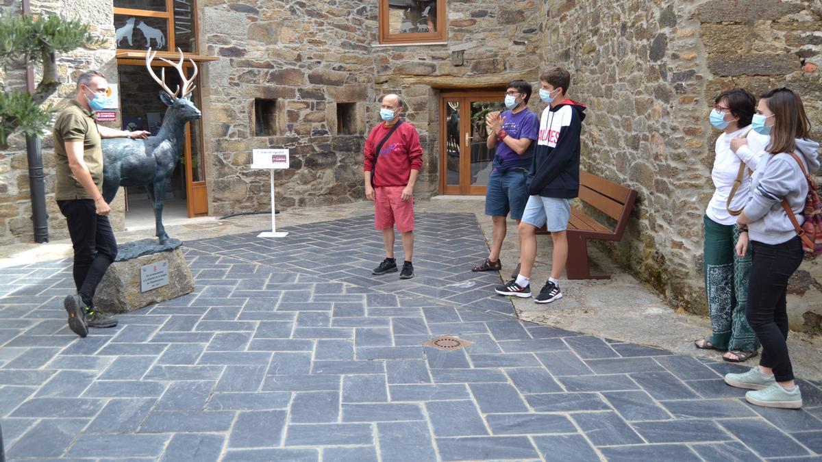 Oficina de Turismo en Villardeciervos