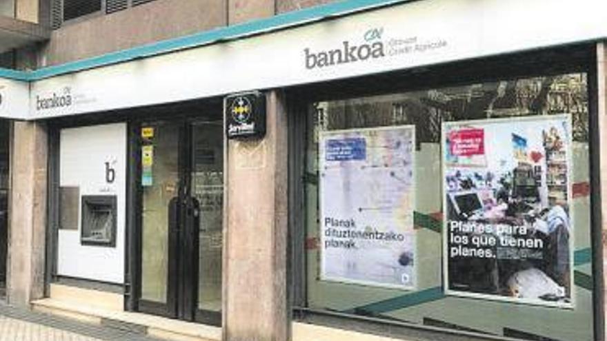 Abanca refuerza su expansión en el norte del país con la compra de la vasca Bankoa