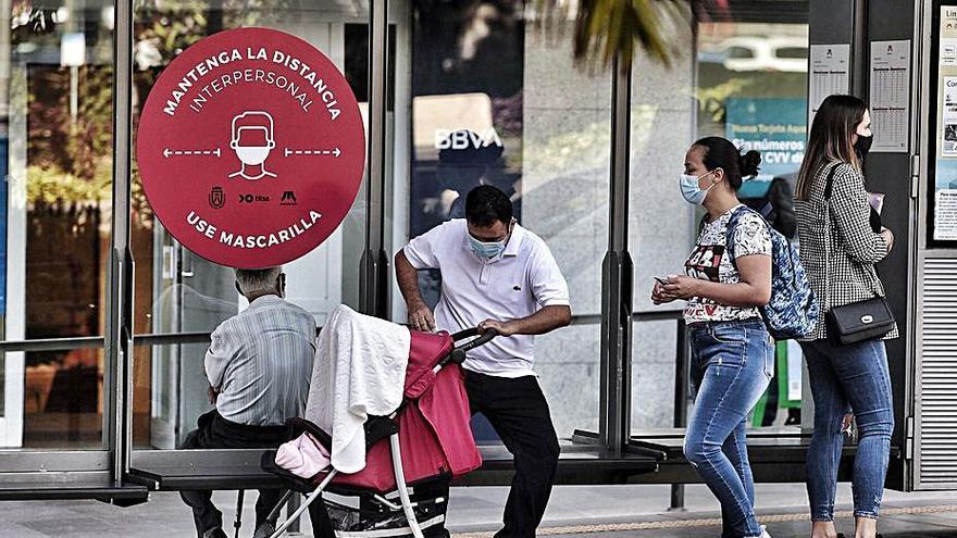 Salud Pública ve los primeros brotes verdes en Tenerife tras las restricciones