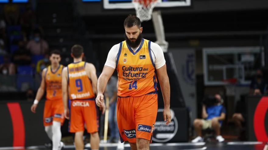 Duro varapalo taronja y adiós a la Supercopa