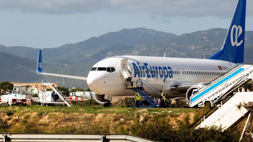 Iberia compra Air Europa para liderar desde Madrid las rutas con América