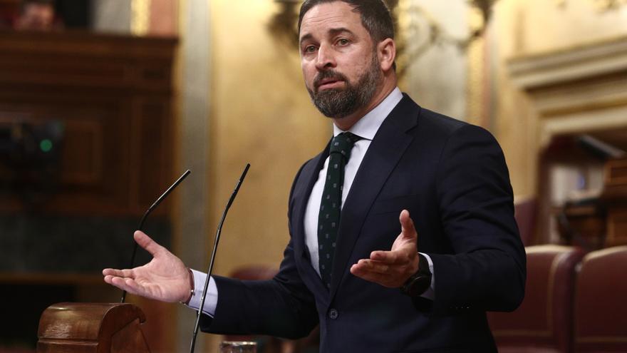 Vox amaga con otra moción de censura y el PP responde que seguirá en la «moderación»