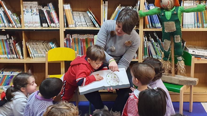 Programa de actividades para padres primerizos y bebés en la Biblioteca Pública del Estado de Zamora