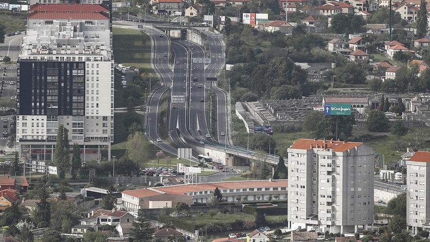 El Concello creará una pasarela peatonal subterránea para enlazar Navia y A Bouza