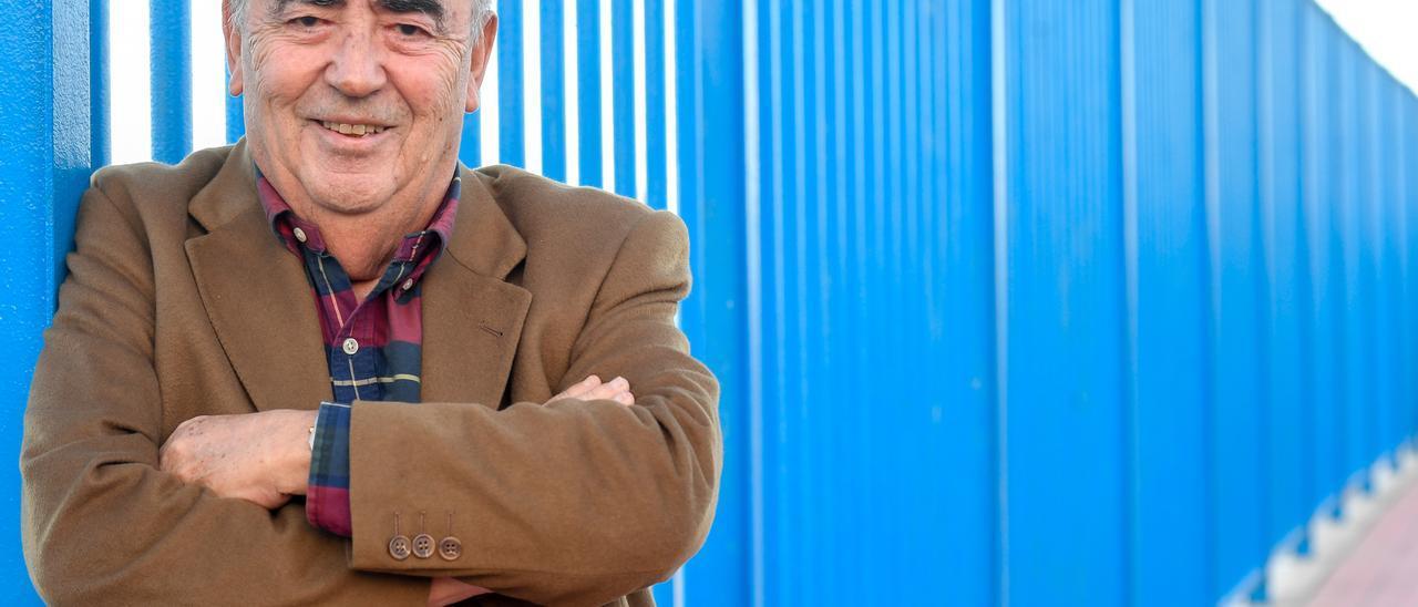 El ingeniero Juan Fernández, en el puerto de Las Palmas.
