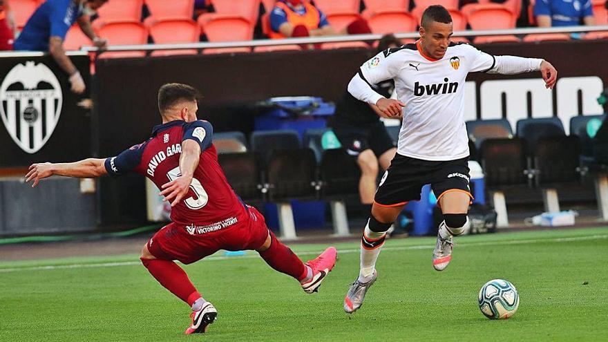 El dilema del Valencia  con la venta de Rodrigo