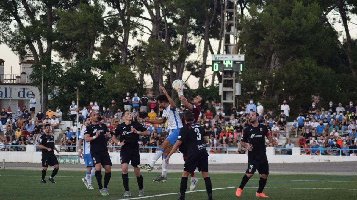 El Vall de Uxó reaccionó a tiempo para empatar la eliminatoria ante el Buñol.