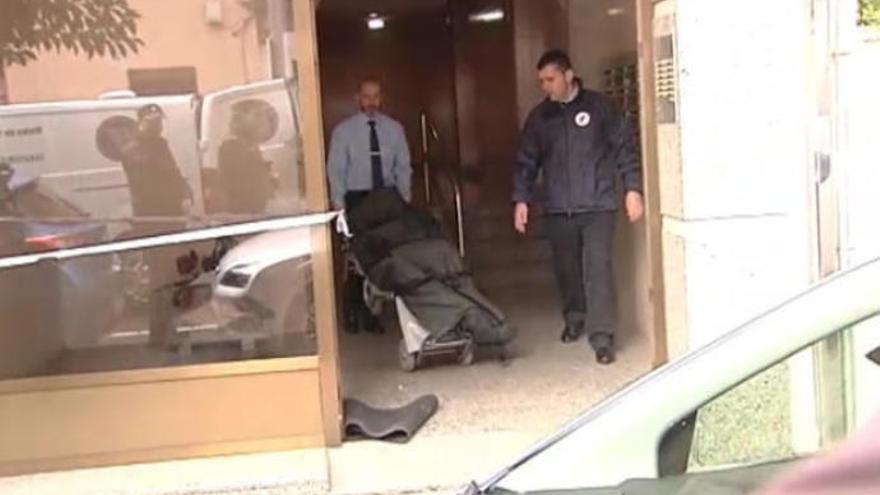 El detenido por degollar a su yerno llegó a la comisaría, con las manos ensangrentadas, dos horas después del crimen