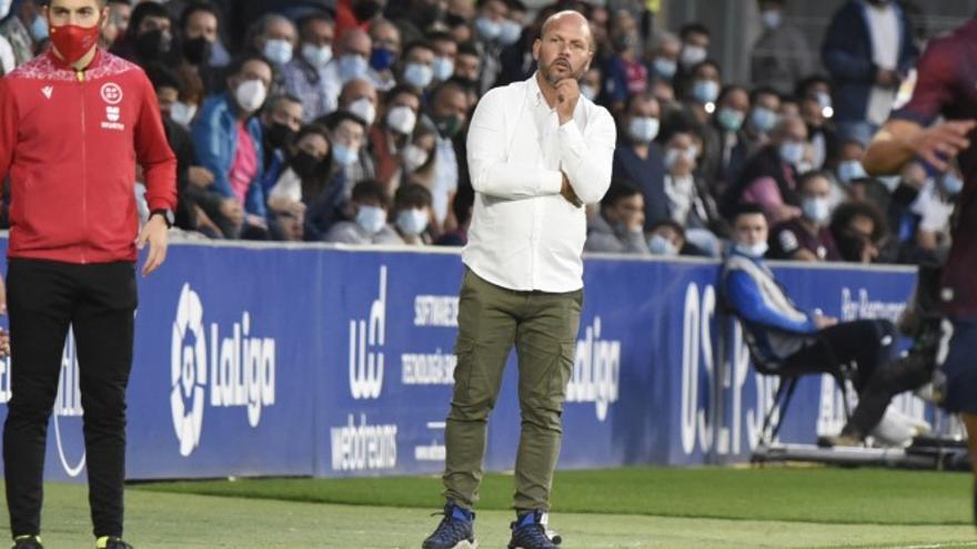 """José Alberto: """"El trabajo de los árbitros se ve empañado por una decisión equivocada"""""""