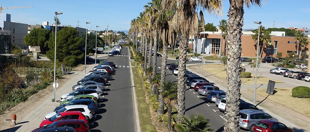Zona de estacionamiento en el Parc Tecnològic