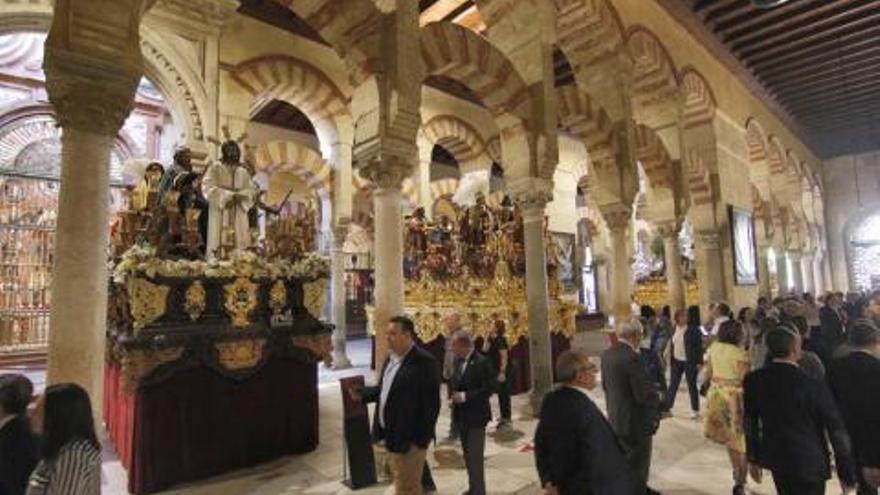 La Plataforma Mezquita-Catedral dice que el Plan de Usos de 2001 rechaza las exposiciones en el monumento