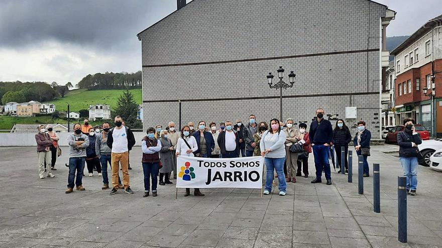 Salud incide en la búsqueda de médicos para las vacantes de Jarrio e intenta atraer profesionales de otras comunidades