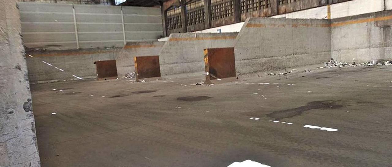 Los boxes de Alu Ibérica en los que se almacena aluminio, completamente vacíos el pasado 8 de febrero.