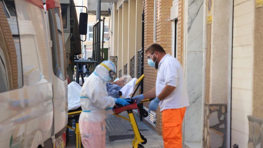 El departamento de salud de Torrevieja registra 1.286 casos de covid en una semana