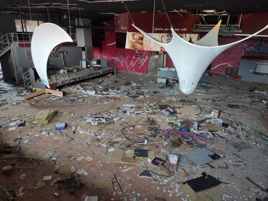 FOTOS   Así está la discoteca Pirámide de Cabanes 20 años después de su inauguración