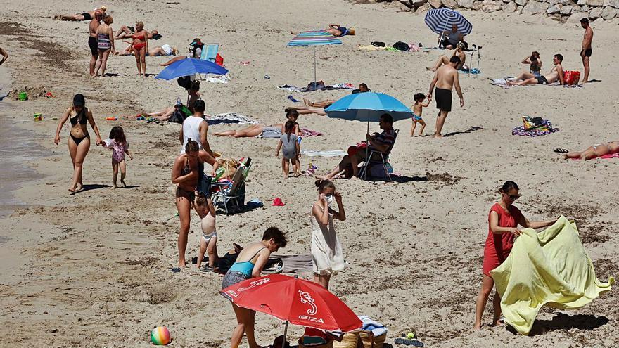 La incidencia del covid en Ibiza desciende un 37% desde su pico al final de julio