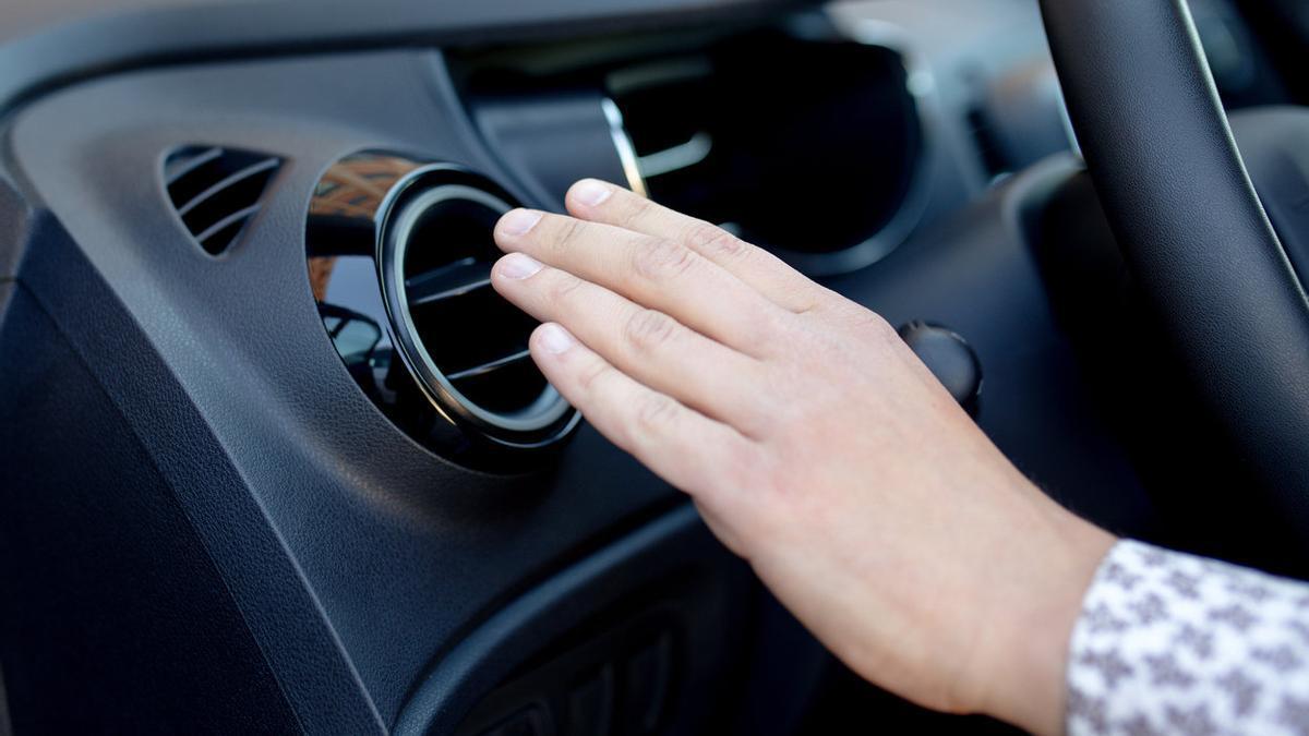 Recargar el aire acondicionado del coche: qué precio tiene y cómo se hace