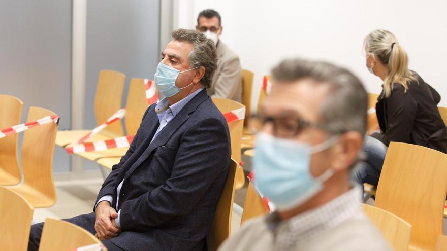 El juicio a Castedo, Alperi y Ortiz por los presuntos amaños del PGOU  queda visto para sentencia