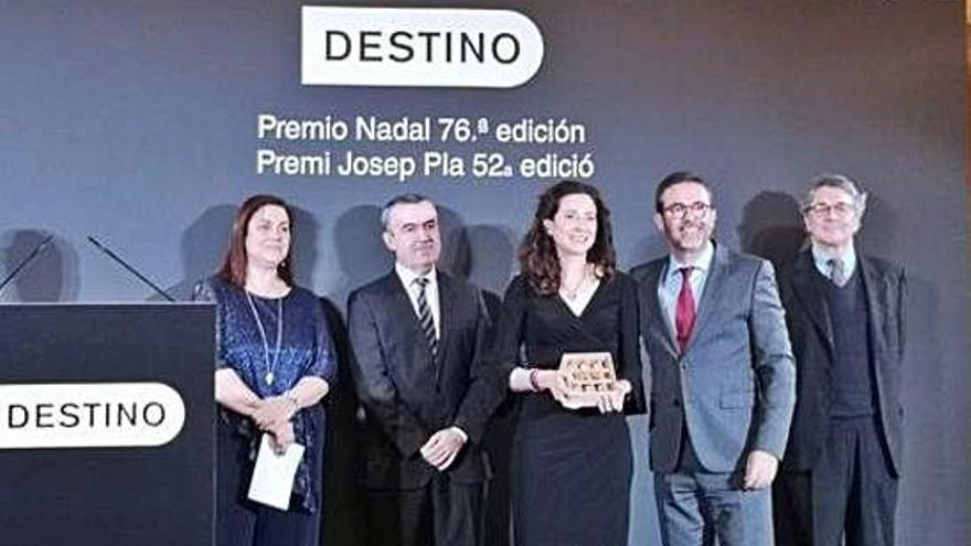 La madrileña Ana Merino gana el Premio Nadal con 'El mapa de los afectos'