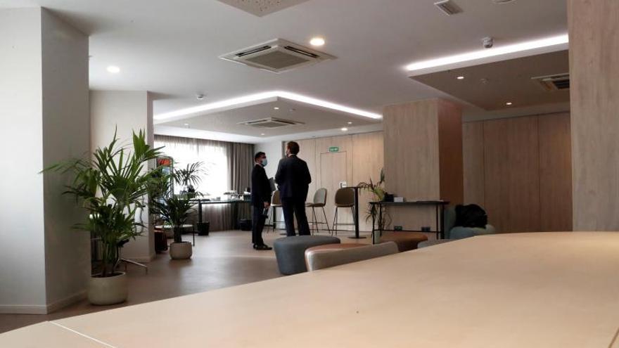 Las pernoctaciones en hoteles bajan el 73,3 % en 2020, y los precios, un 6 por ciento