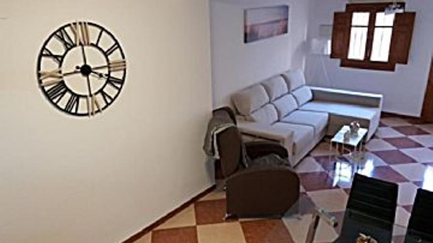 550 € Alquiler de casa en Xàtiva (Xàtiva) 50 m2, 11 €/m2...