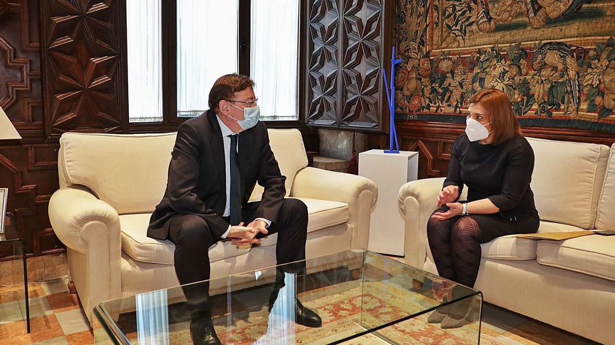 Ximo Puig en sendas reuniones con Isabel Bonig y Toni Cantó ayer, en el Palau.