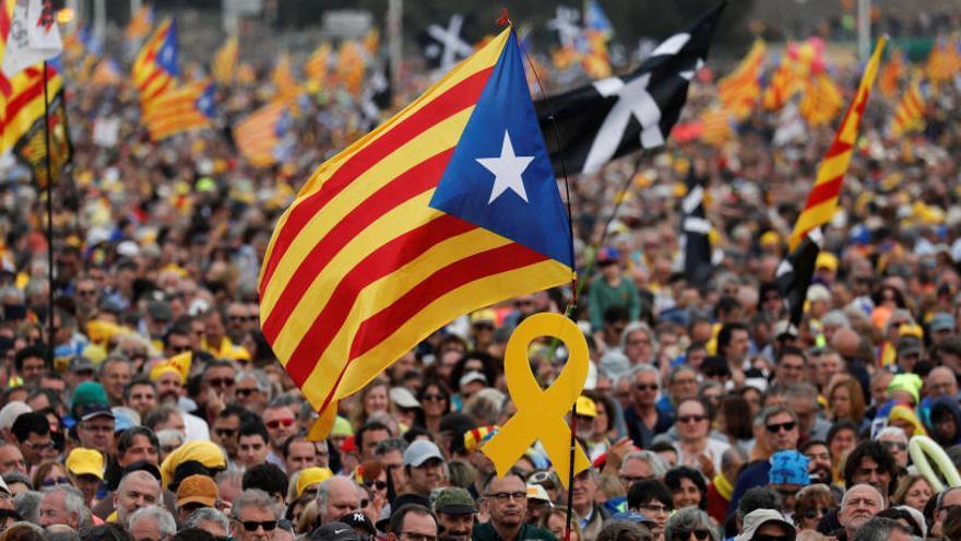 No solo las empresas se van de Cataluña