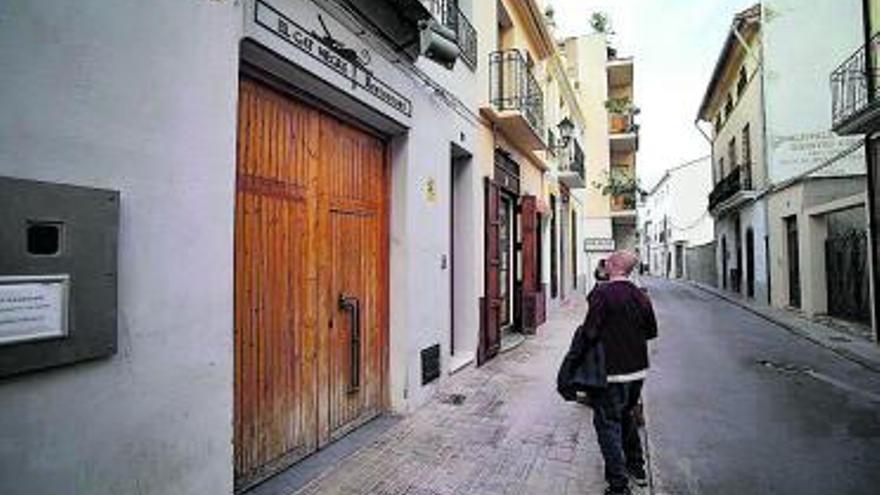 Hosteleros sin terraza que aún no pueden abrir reclaman más ayudas