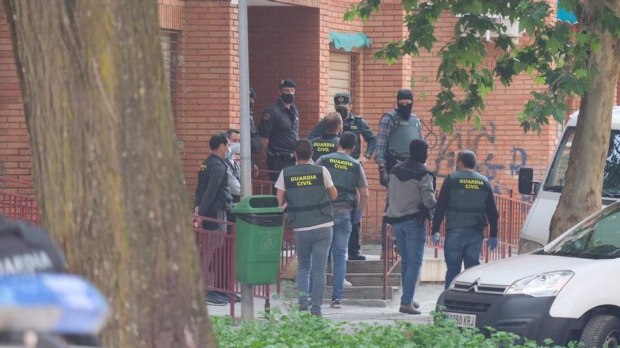 Varios detenidos en una operación contra el blanqueo de capitales relacionada con el contrabando de tabaco