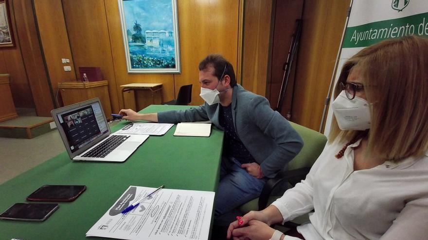 Petrer paga las 24 primeras ayudas del Plan Paréntesis por un importe de 51.343 €