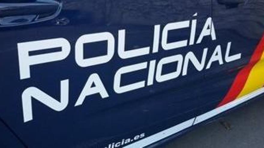 La Policía salva 'in extremis' a una mujer que estaba siendo asfixiada por su marido en Zaragoza