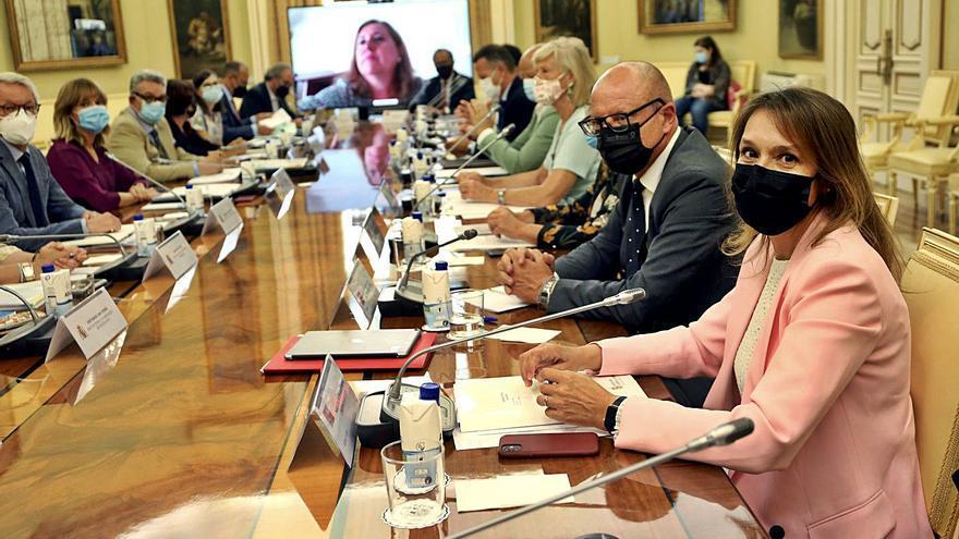 Castilla y León pide un fondo Covid para financiar la seguridad del nuevo curso
