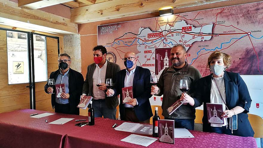 El profesor Julio Eguaras analiza el papel del vino de Toro como referente literario
