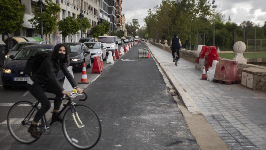 Así están las obras del nuevo carril bici del Paseo de la Ciudadela