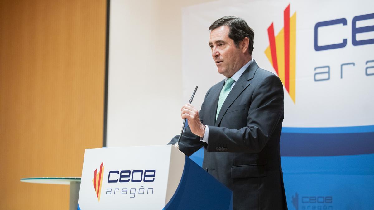 El presidente de la CEOE a nivel nacional, Antonio Garamendi, en un acto de la organización aragonesa.