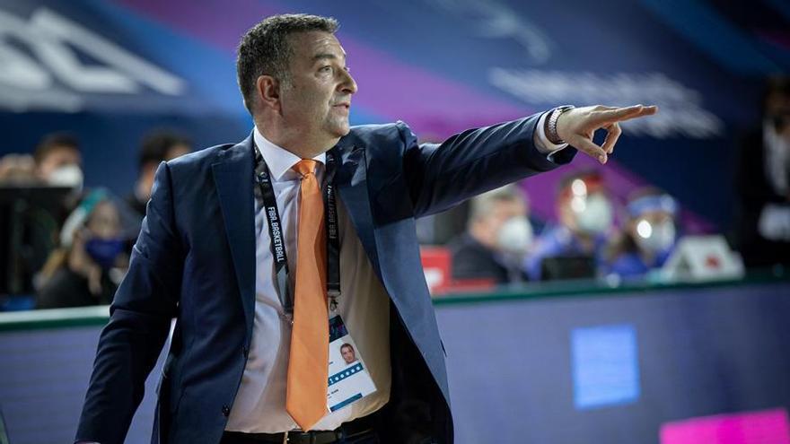 El vigués Miguel Méndez se clasifica para su tercera final de la Euroliga