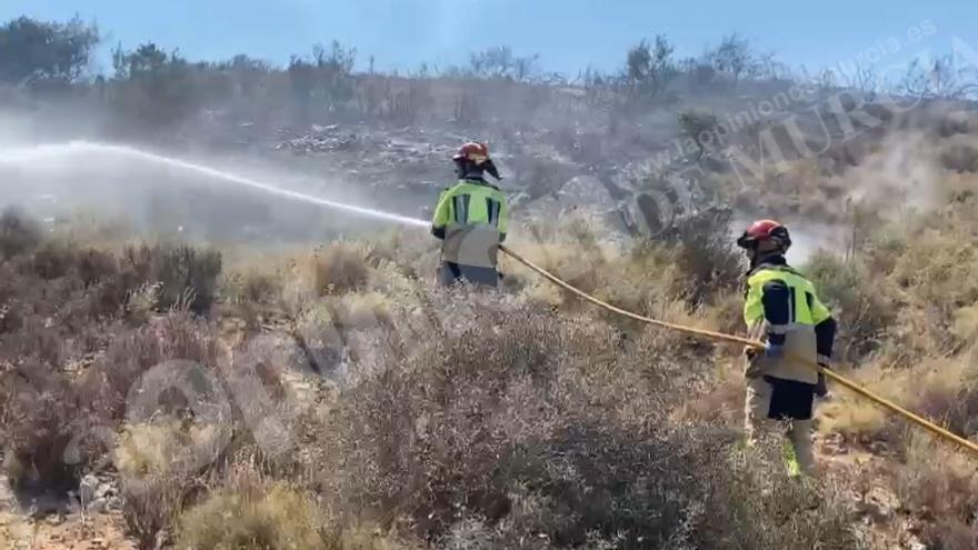 Incendio forestal en Barranco Orfeo, Cartagena