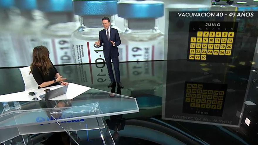"""Matías Prats lanza un 'dardo' en directo a Mónica Carrillo: """"Ya vas teniendo una edad"""""""