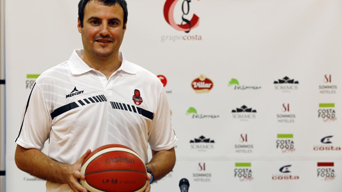 Carlos Cantero, nuevo entrenador del Casademont Zaragoza de Liga Femenina Endesa.