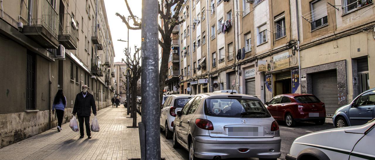 Tramo de la calle Pintor Cabrera de Alcoy en la que ha tenido lugar la agresión.