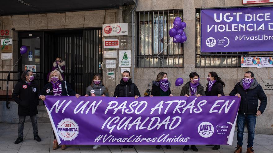 Los sindicatos zamoranos exigen la igualdad entre hombres y mujeres