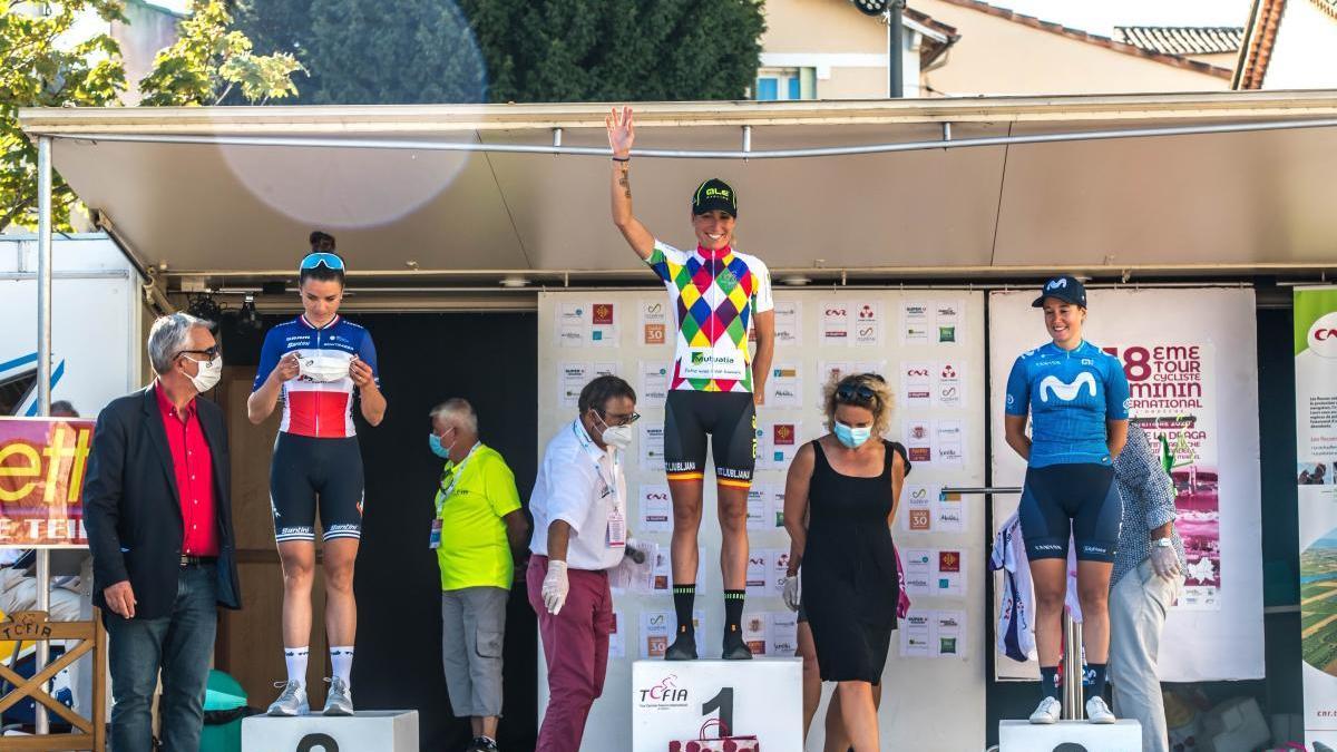 Mavi García en el podio